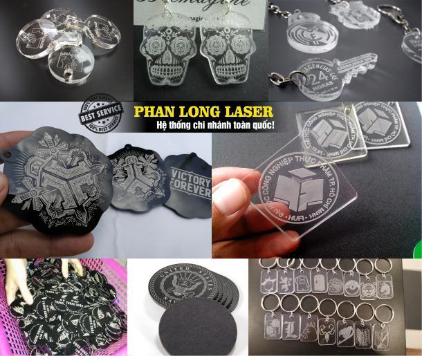 Xưởng gia công sản xuất móc khóa mica theo yêu cầu bằng phương pháp cắt laser làm nhanh lấy liền giá rẻ